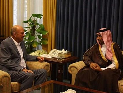 Speaker of Jordanian House of Notables Meet Qatari Charge d'Affaires