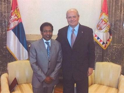 مستشار رئيس جمهورية صربيا يستقبل سفير قطر