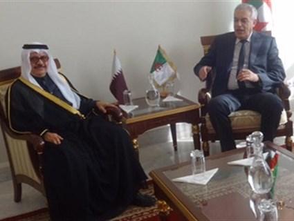وزير النقل الجزائري يلتقي سفير دولة قطر