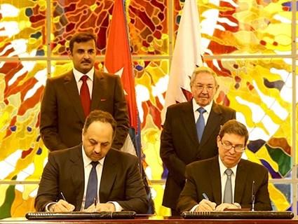 سمو الأمير والرئيس الكوبي يشهدان التوقيع على اتفاقية الإعفاء من تأشيرة الدخول بالجوازات الدبلوماسية والخاصة