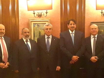سفير قطر لدى إيطاليا يقيم حفل عشاء لتكريم رئيس الأركان