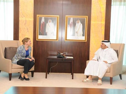 HE Foreign Minister Meets Ambassadors of The Netherlands and Cuba