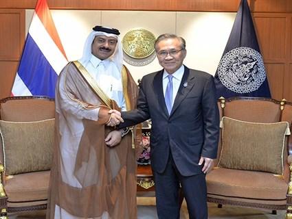 Thailand FM Meets Qatari Ambassador