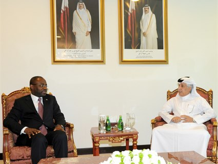 HH the Emir Receives Message from President of Equatorial Guinea