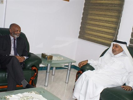 Sudanese State Minister for Foreign Affairs Meets Qatari Ambassador