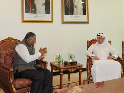 Qatar's Minister of State for Foreign Affairs Meets Indian Official
